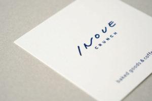 ミニマルなショップカードデザイン